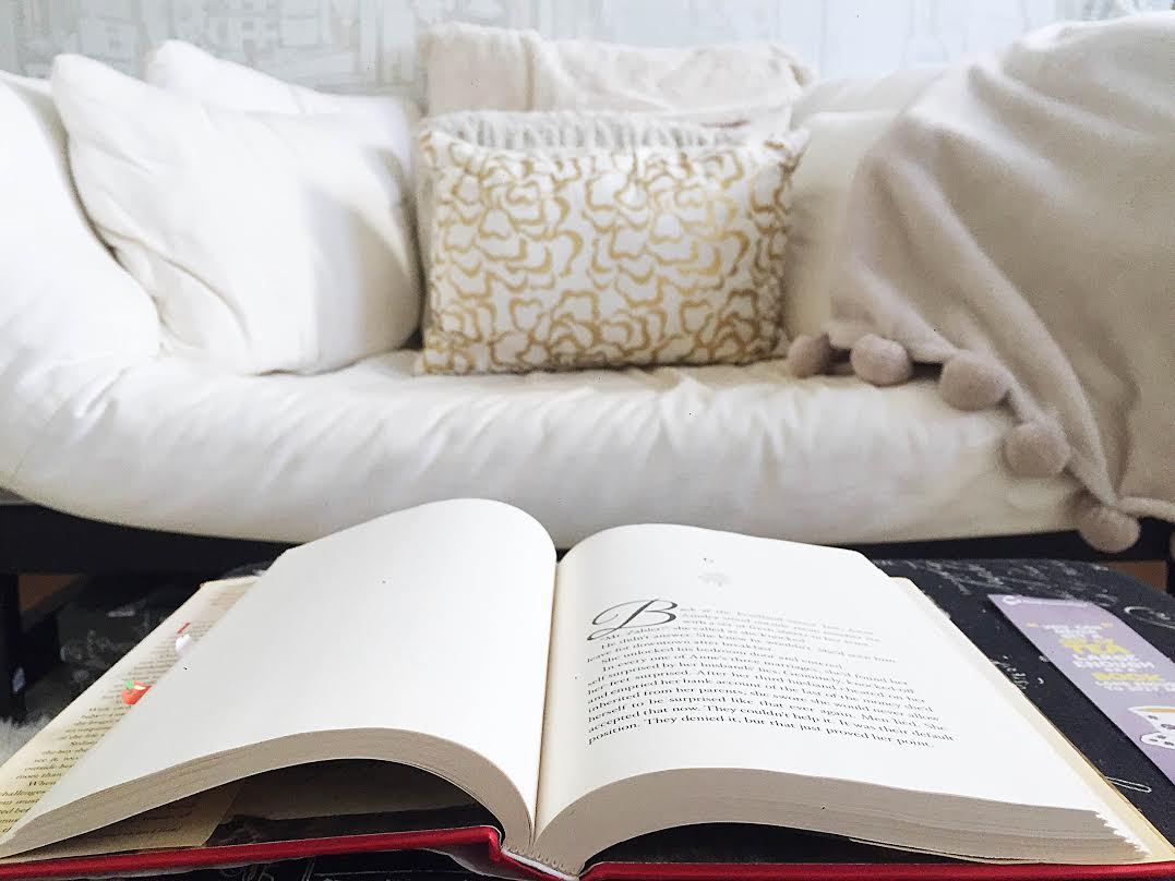 How to be a productive reader// tips and tricks from Taylor via Opinion9