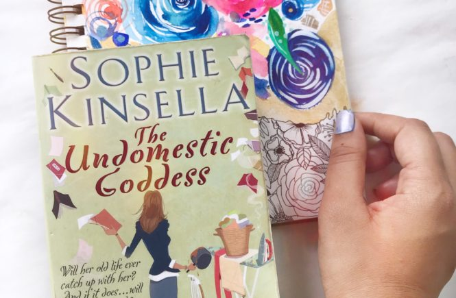 Mini Book Review: The Undomestic Goddess by Sophie Kinsella // book review series via OPINION9.COM